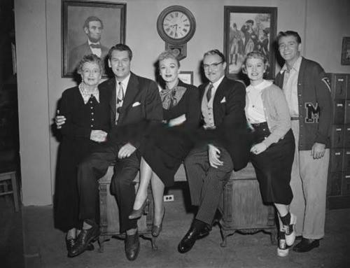 From left to right, Jane Morgan, Robert Rockwell, Eve, Gale Gordon, Gloria McMillan and Richard Crenna