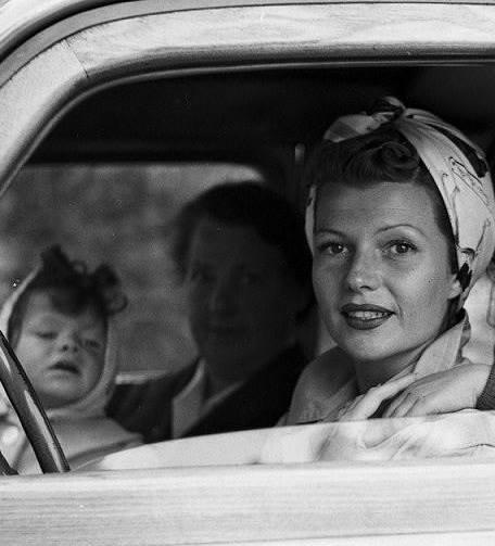 Rita Hayworth with daughter Yasmin.