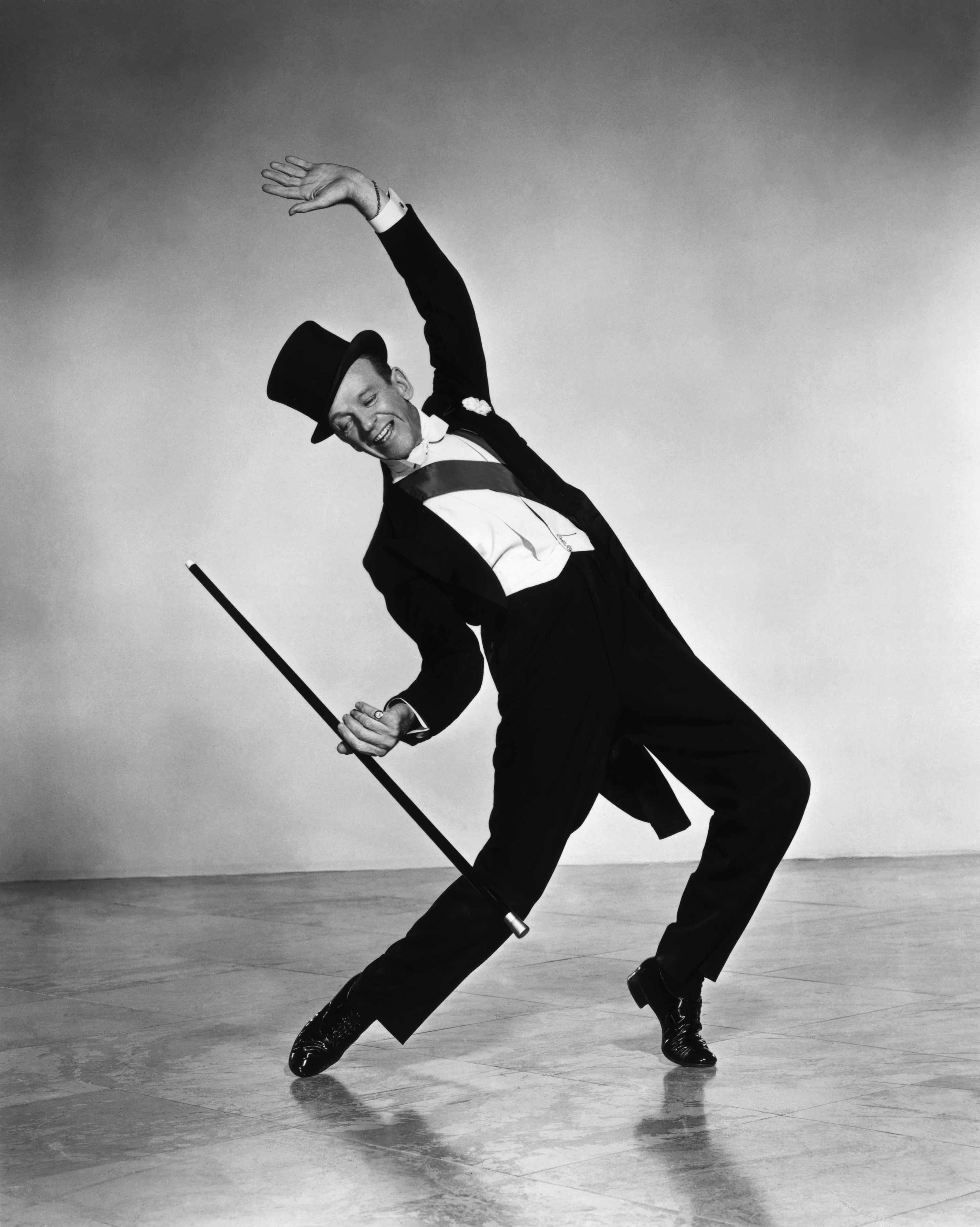 Fred astaire radio star old time radio downloads for 1234 get on the dance floor star cast