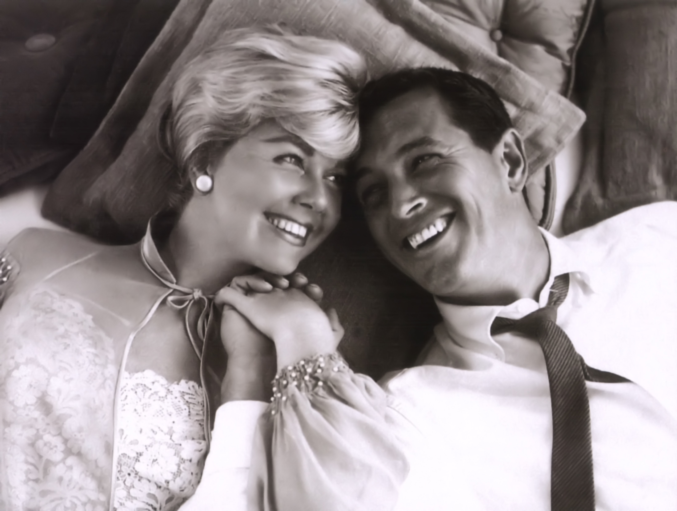 Doris Day  5672ade3b9ed6__day-doris-pillow-talk-01