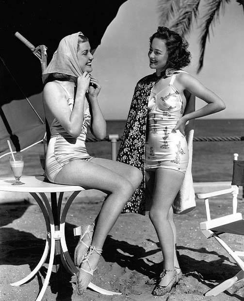 star Anita Louise (left) and Olivia de Havilland