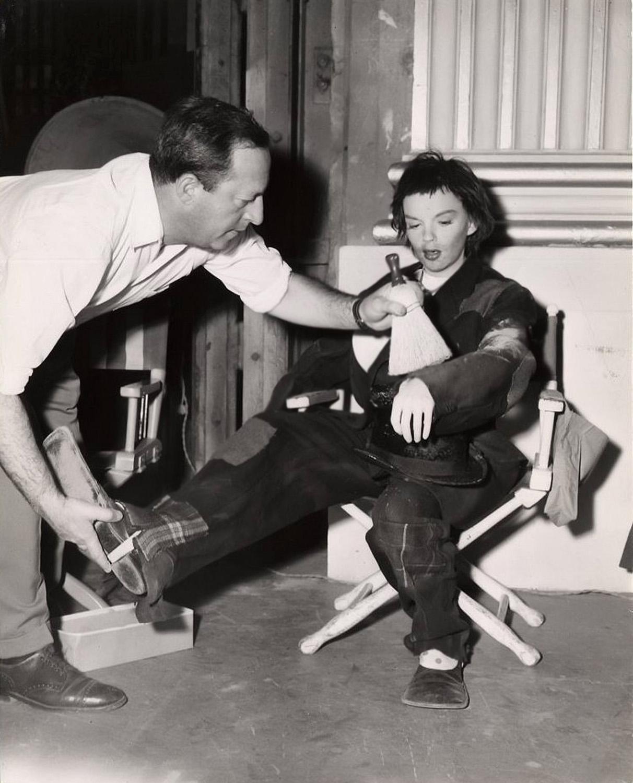 Judy Garland | Radio Star | Old Time Radio Downloads