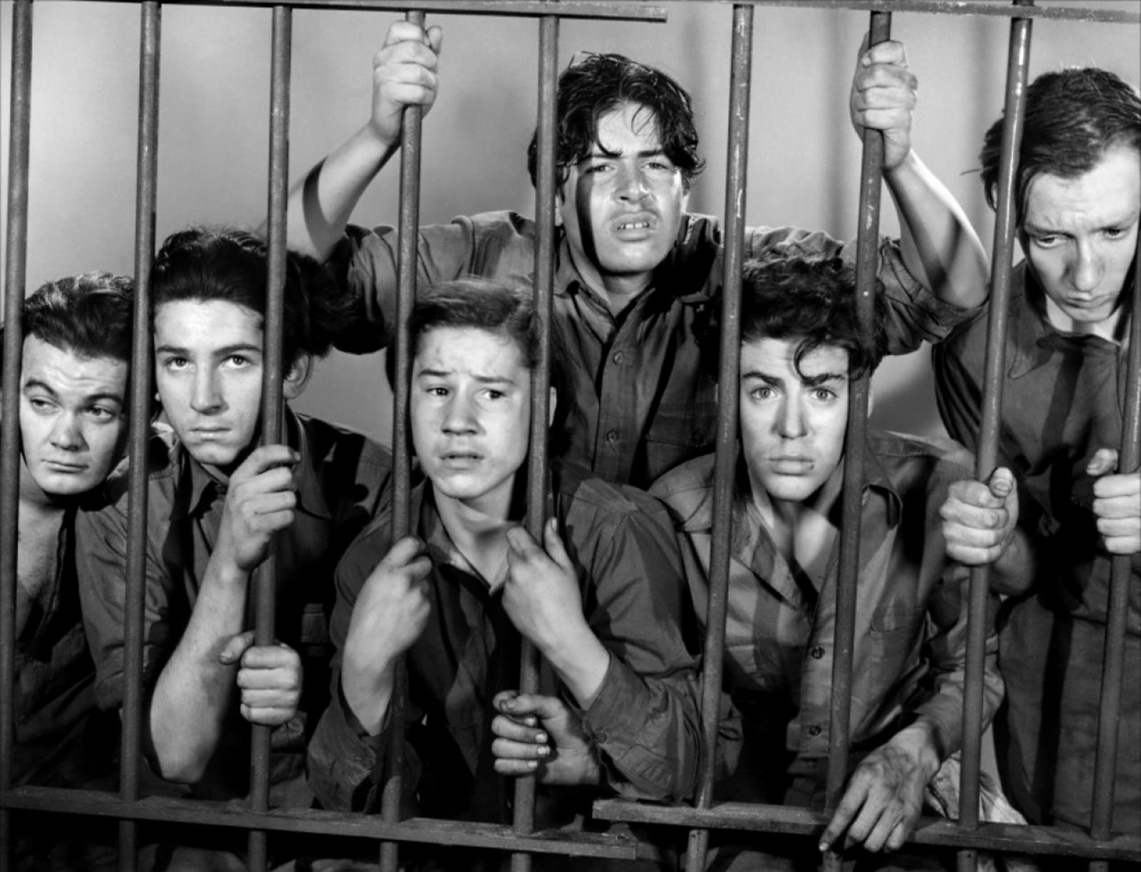 Leo Gorcey...(L to R) Leo Gorcey, Gabriel Dell, Bobby Jordan, Bernard Punsley, Billy Halop, Huntz Hall