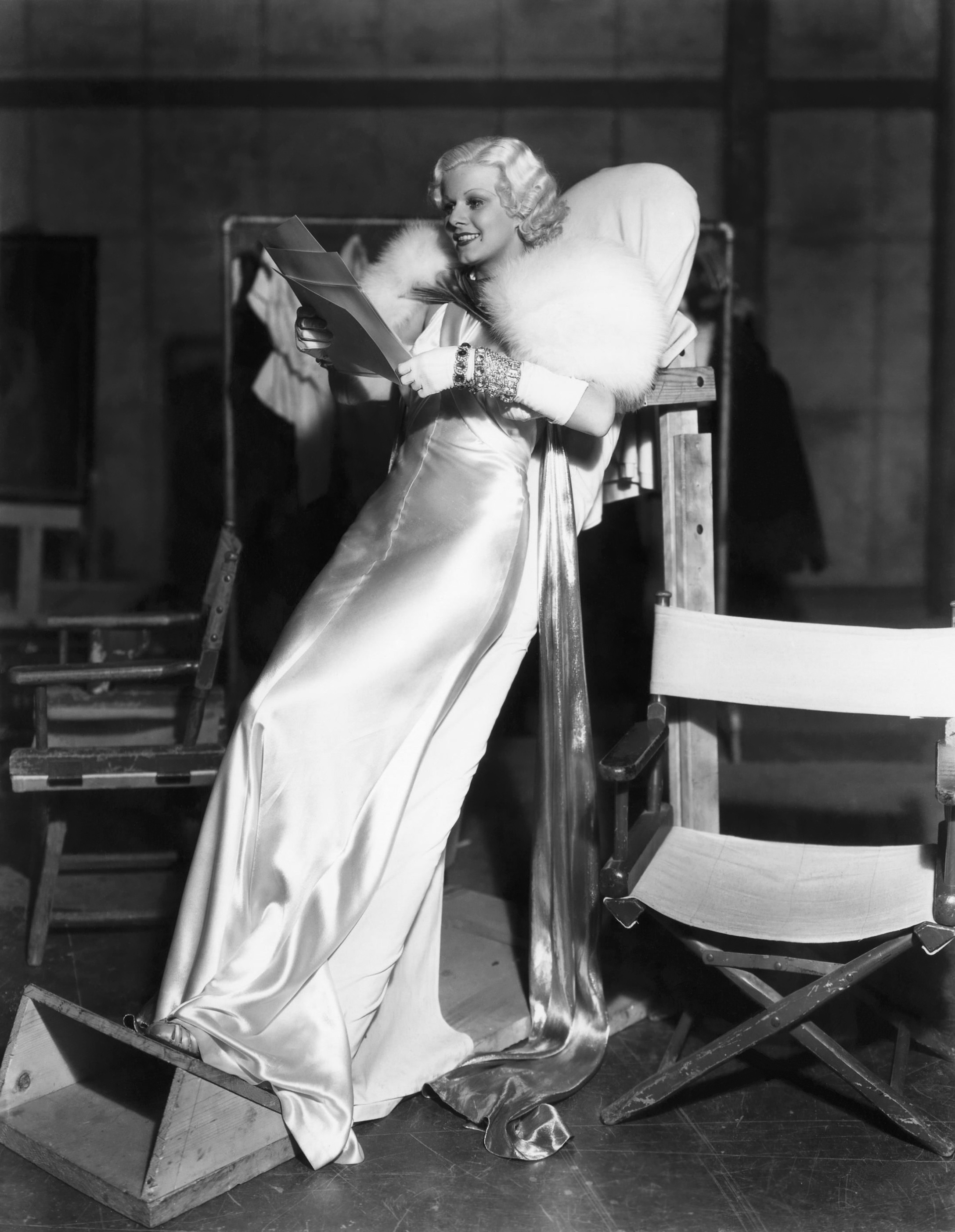Jean Harlow in Dinner at Eight On the set