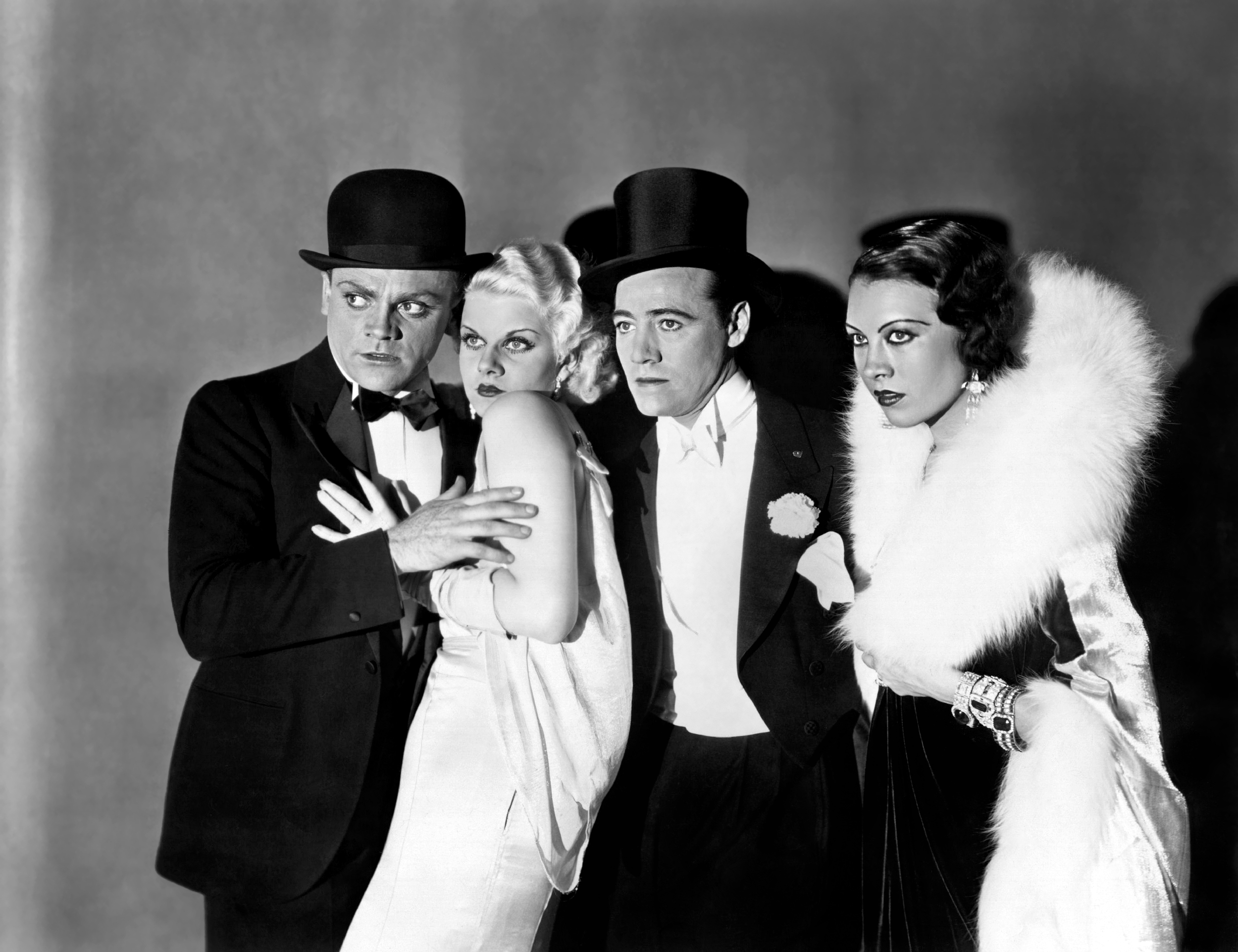 Jean Harlow in The Public Enemy with (L to R) James Cagney, Jean Harlow, Leslie Fenton, Dorothy Gee