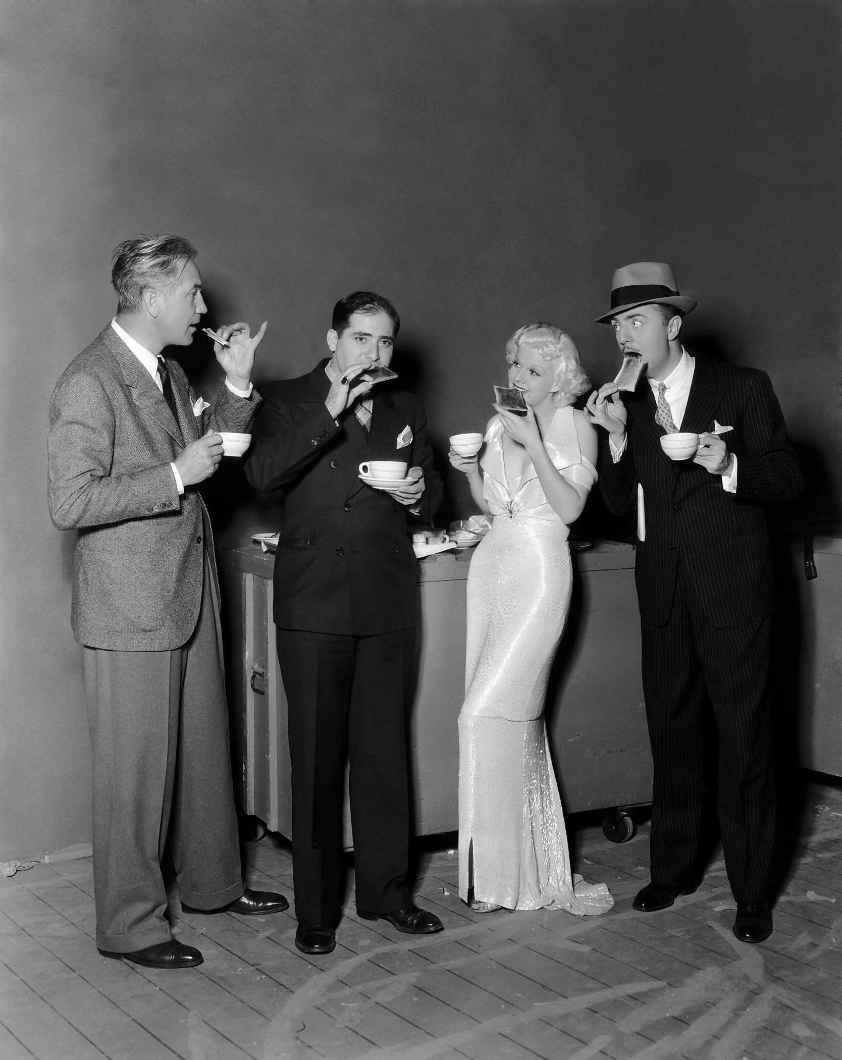Jean Harlow in Reckless With William Powell (R)