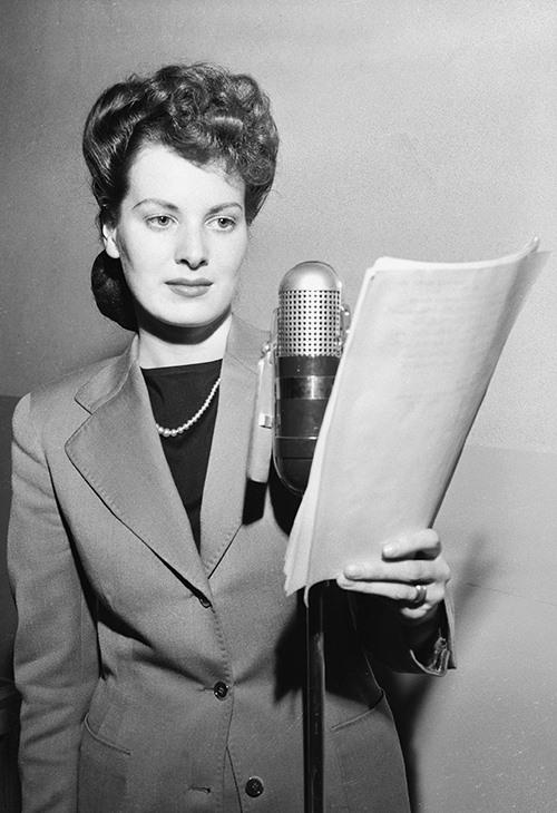 Maureen O'Hara.