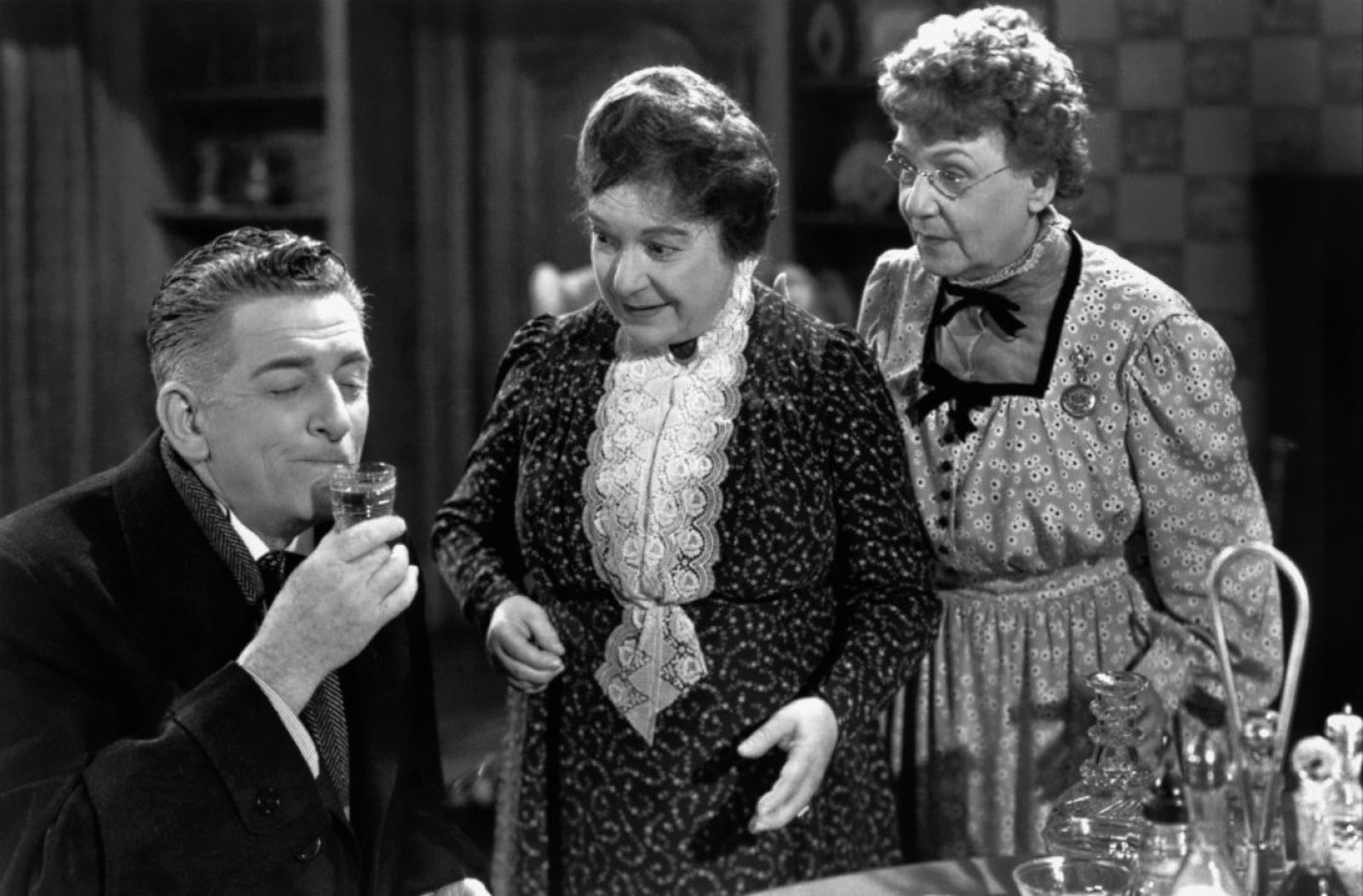 Edward Everett Horton in Arsenic and Old Lace (L to R) Edward Everett Horton, Josephine Hull, Jean Adair