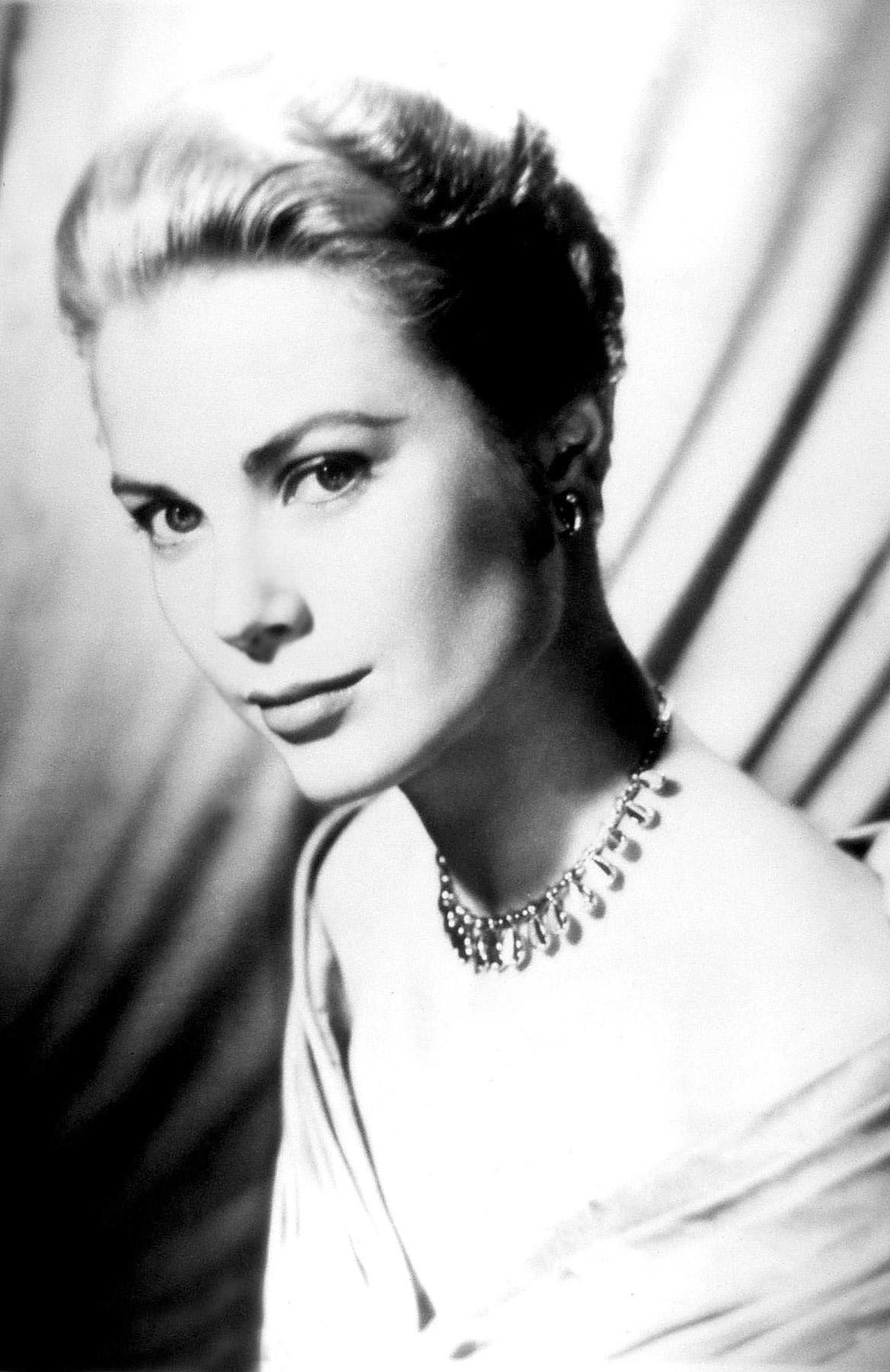 Grace Kelly | Radio Star | Old Time Radio Downloads
