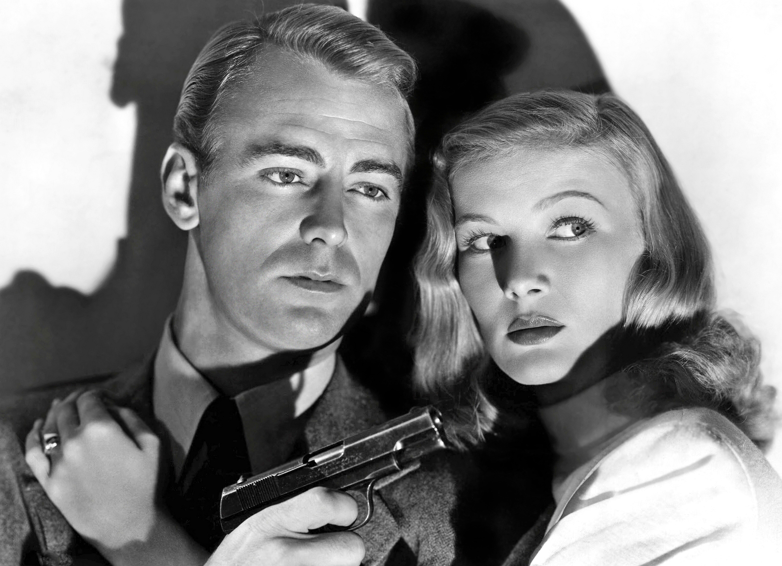 Alan Ladd in The Blue Dahlia With Veronica Lake