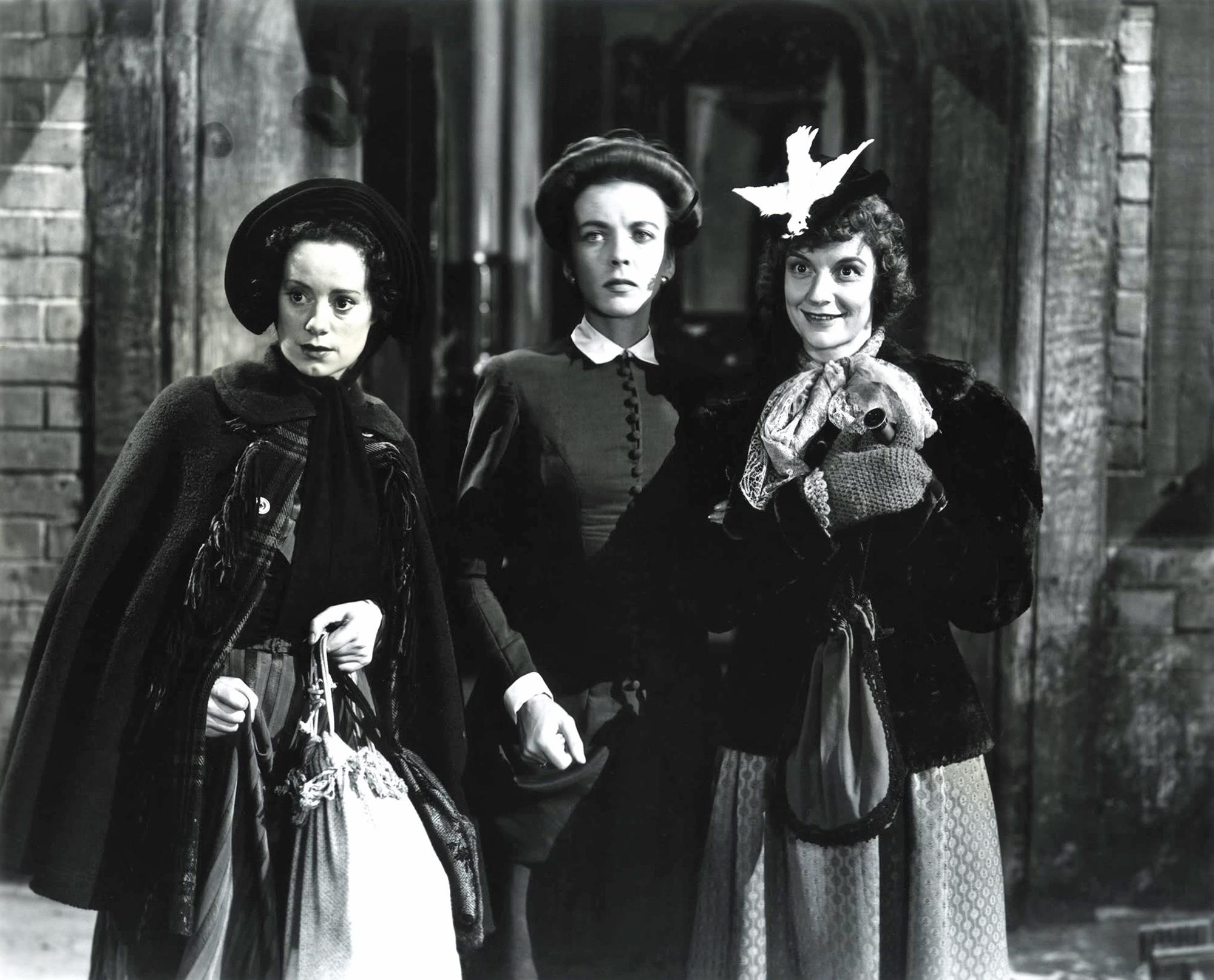(L to R) Elsa Lanchester, Ida Lupino, Edith Barrett
