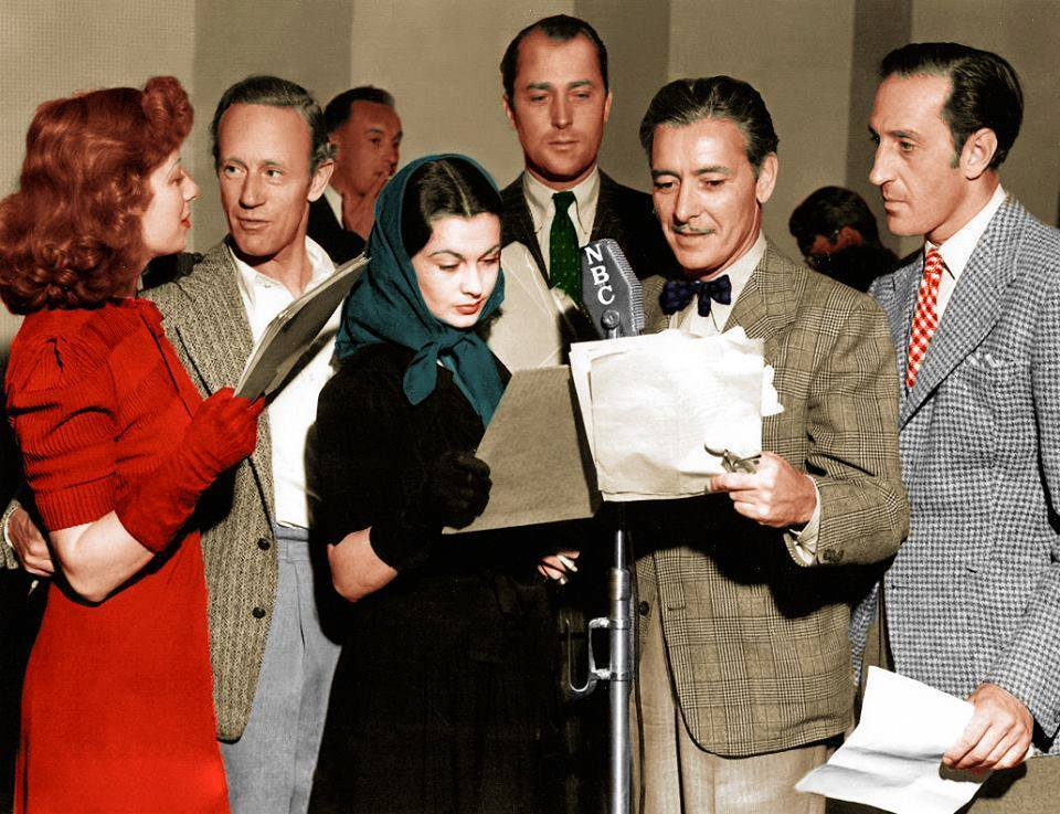 Greer Garson, Leslie Howard, Vivien Leigh, Brian Aherne, Ronald Colman and Basil Rathbone do a radio broadcast for British War Relief.