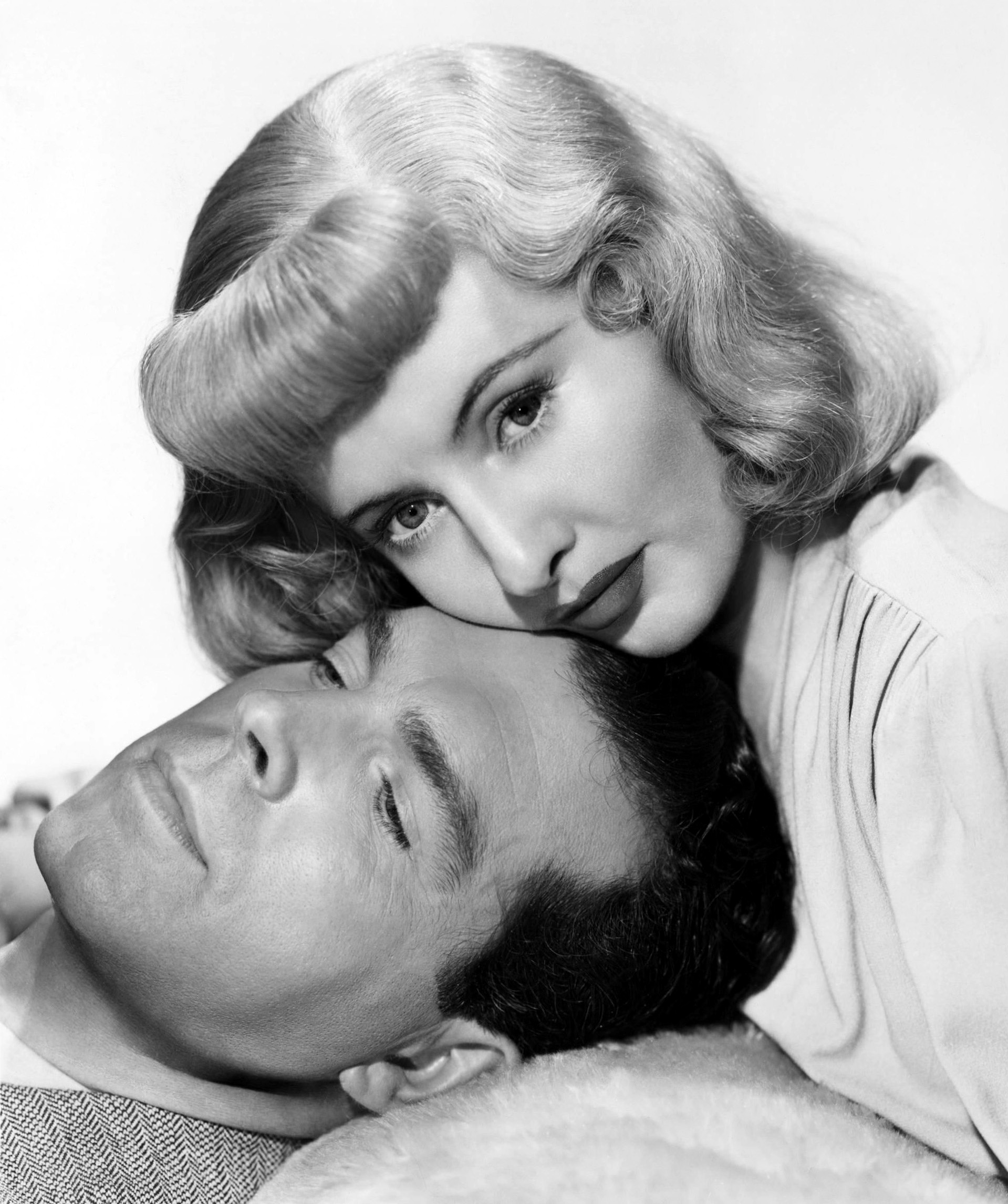 Fred MacMurray in Double Indemnity With Barbara Stanwyck
