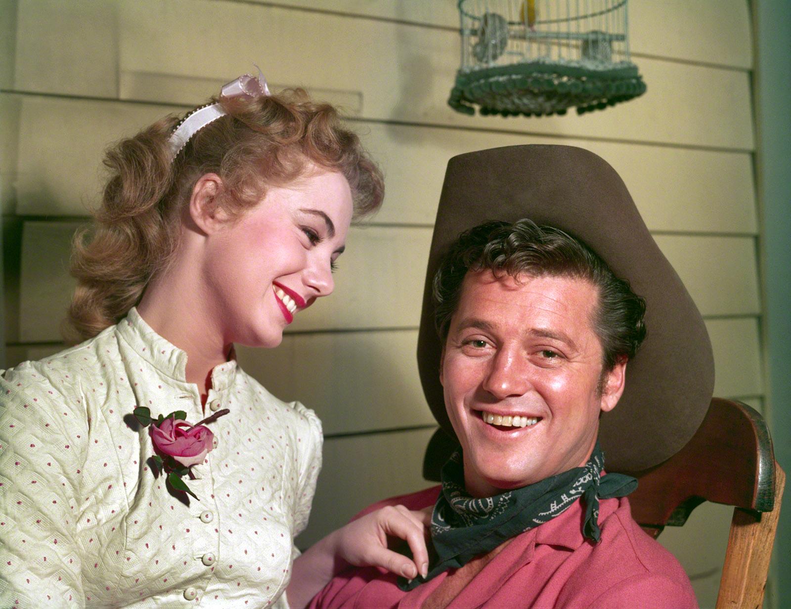 Gordon MacRae in Oklahoma! With Shirley Jones