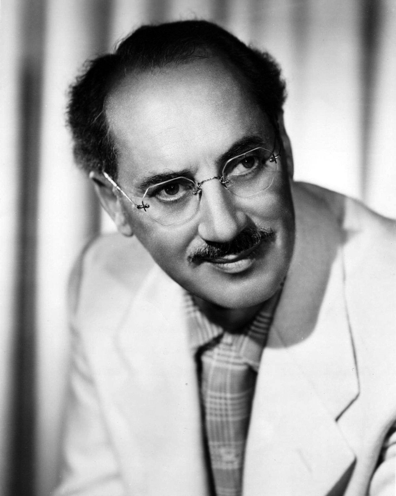 groucho marx ieltsgroucho marx arthur sheekman, groucho marx arthur sheekman reading, groucho marx quotes, groucho marx glasses, groucho marx bill cosby youtube, groucho marx club, groucho marx and charlie chaplin, groucho marx and alice cooper, groucho marx mbti, groucho marx wiki, groucho marx citati, groucho marx frasi, groucho marx arthur sheekman answer, groucho marx one liners, groucho marx cartoon, groucho marx bio, groucho marx amazon, groucho marx ielts, groucho marx pronounce, groucho marx quotations