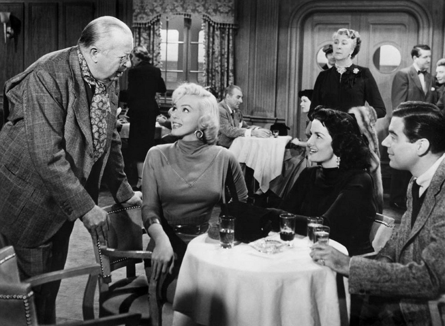 Marilyn Monroe (L to R foreground) Charles Coburn, Marilyn Monroe, Jane Russell, Elliott Reid