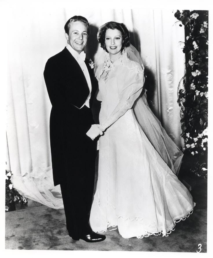 Gene Raymond and Jeanette MacDonald were married today in 1937. The pair remain together until her death in 1965.
