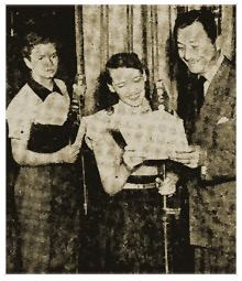 Ted Donaldson, Rhoda Williams, and Robert Young of Father Knows Best.