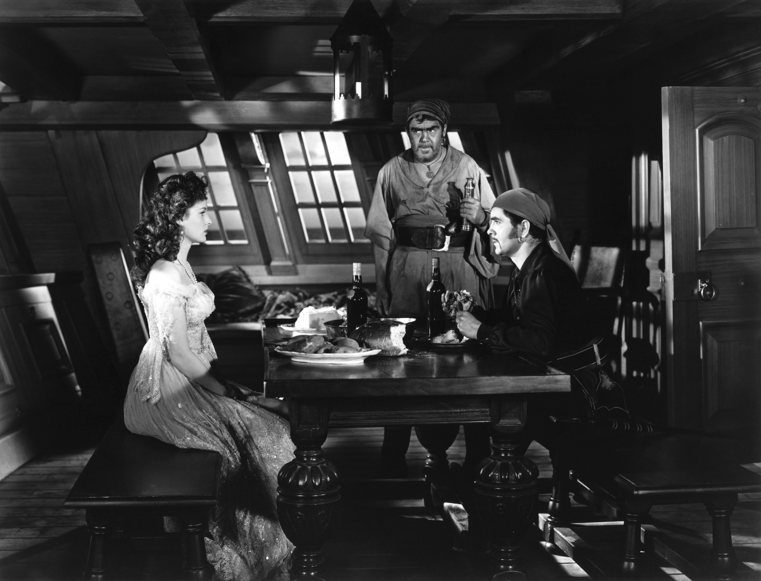Tyrone Power, Jr. in The Black Swan with (L to R) Maureen O'Hara, Thomas Mitchell, Tyrone Power, Jr.