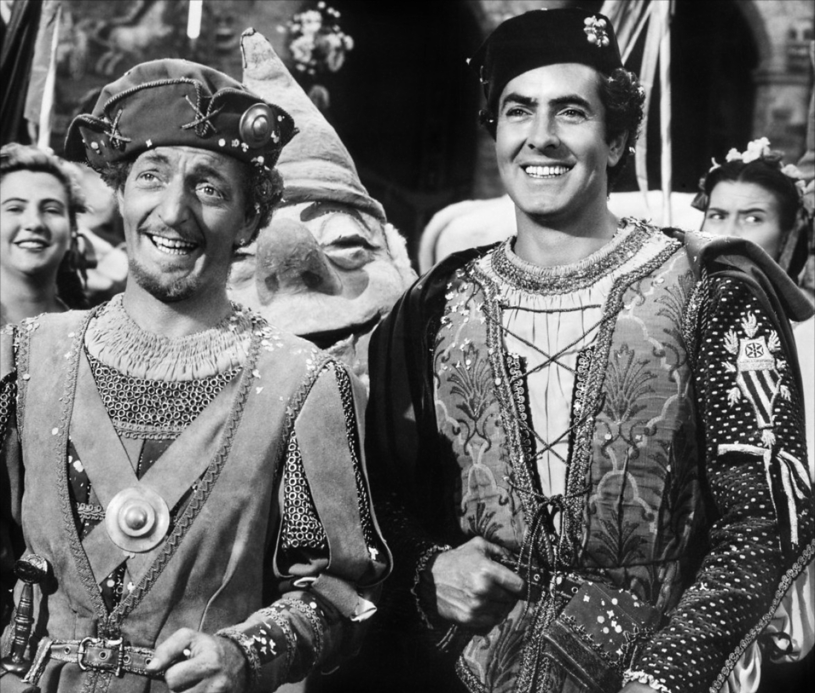 Tyrone Power, Jr. in Prince of Foxes with With Everett Sloane (L)