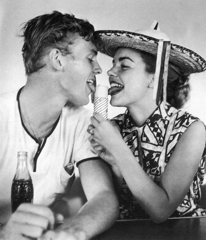 Tab Hunter and Terry Moore