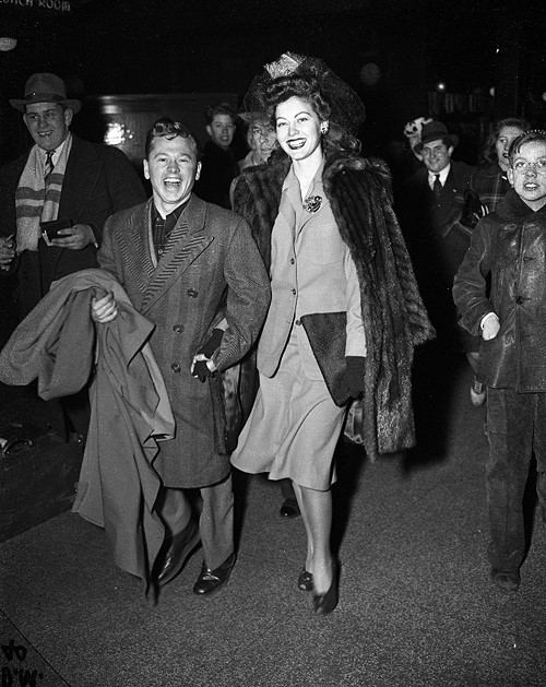 Mickey Rooney and his bride, Ava Gardner in 1942 .