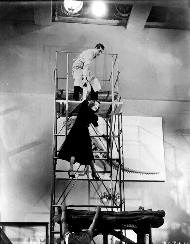 Cary Grant & Katharine Hepburn - Bringing Up Baby(1938).