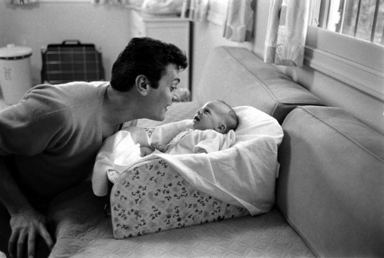 Tony Curtis and daughter Jamie Lee Curtis