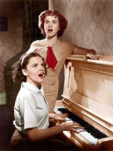 Deanna Durbin and Judy Garland