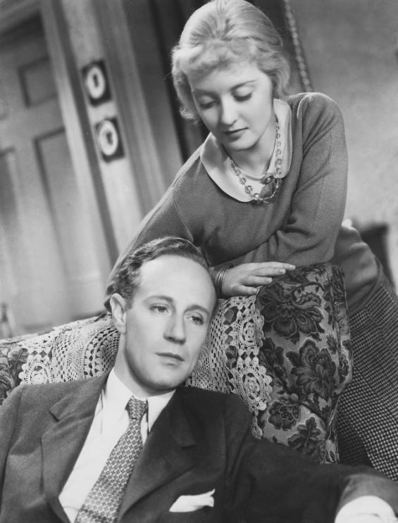 Leslie Howard and Bette Davis in Of Human Bondage (1934)