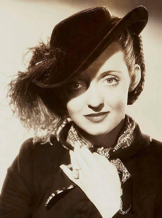 Bette Davis -Jezebel(1938).