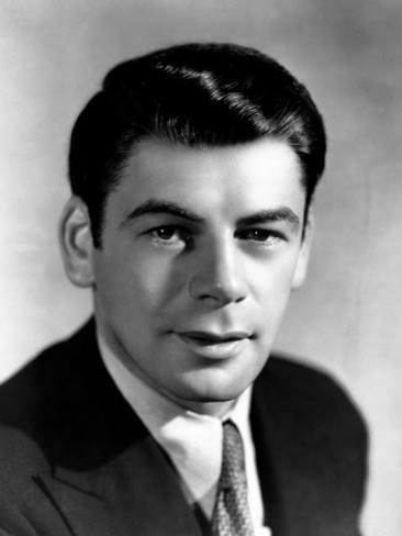 Paul Muni! He does a fantastic job in Scarface (1932 film).
