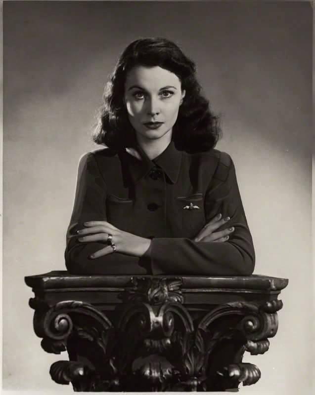 Vivien Leigh-1940s.