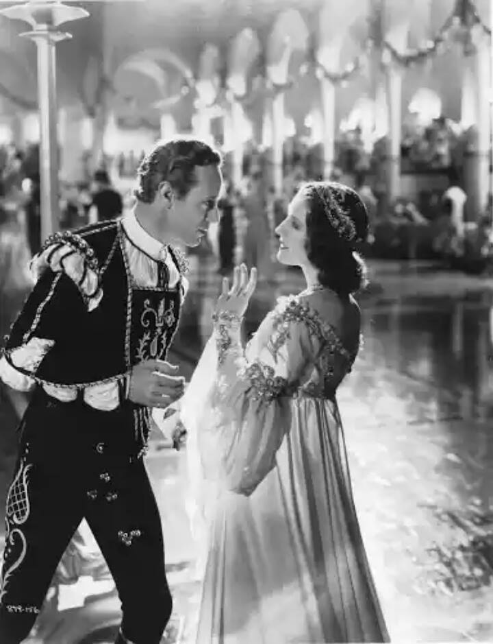 Leslie Howard & Norma Shearer -Romeo and Juliet(1936)