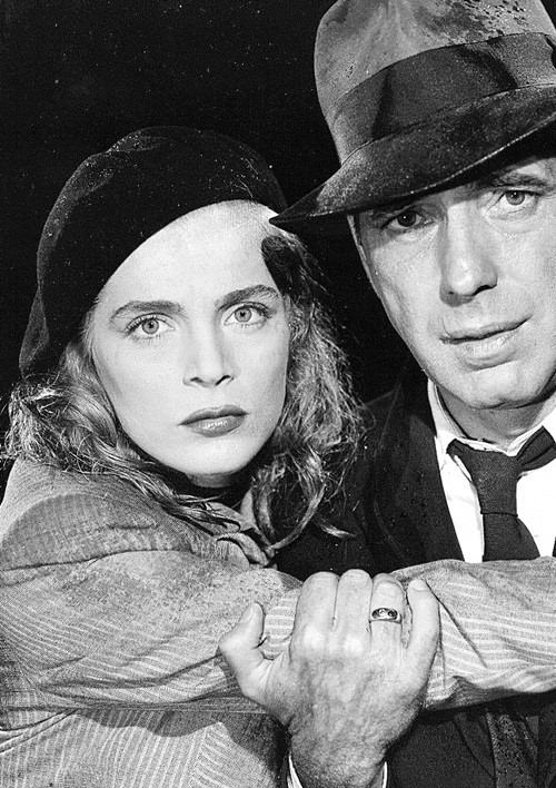 Humphrey Bogart and Lizabeth Scott