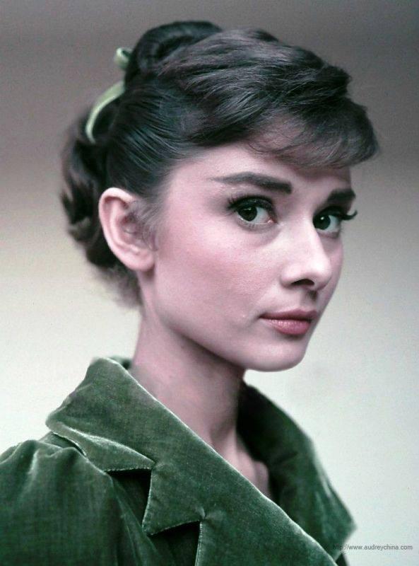 Audrey Hepbur·