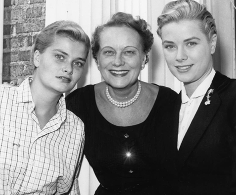 Grace Kelly with her mother Margaret and her sister Lizanne