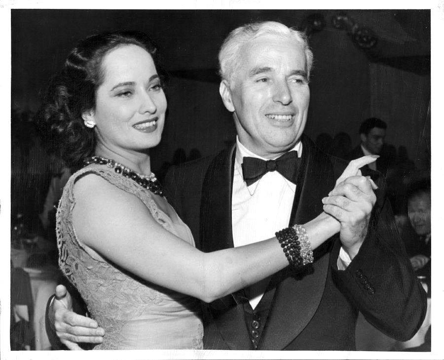 Charlie Chaplin e Merle Oberon