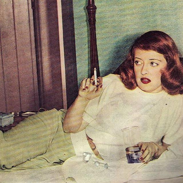 Bette Davis -1946