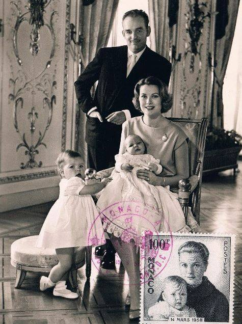 Princess Grace and her family : birth of Prince Albert in 1958 (Picture with real stamp)