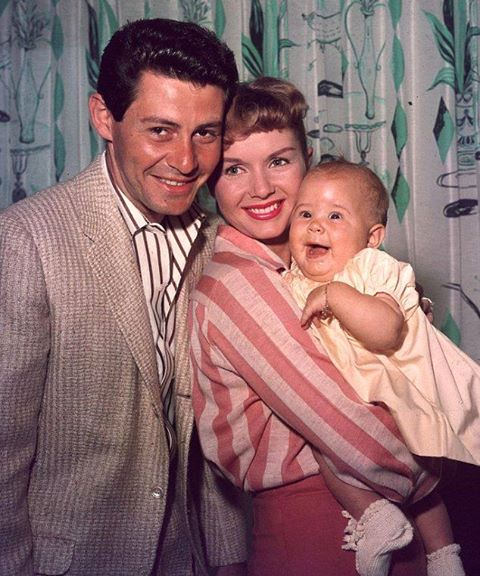 DEBBIE REYNOLDS with her first husband Eddie Fisher and their daughter Carrie