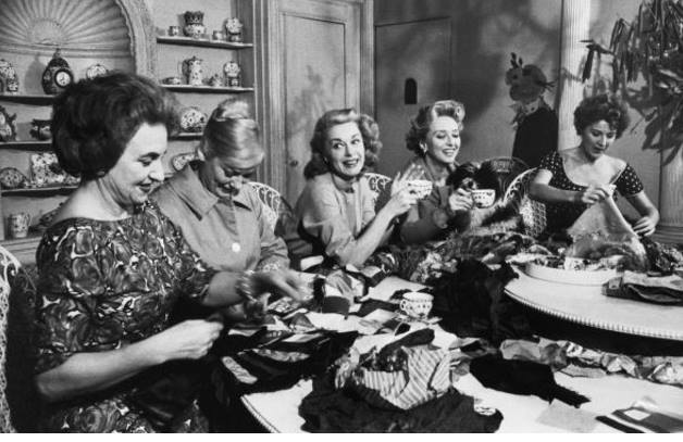 Gypsy Lee Rose (R) have a sewing bee, one of her hobbies, with friends (L-R) Hermione Gingold, Faye Emerson, sister June Havoc and Celeste Holm.