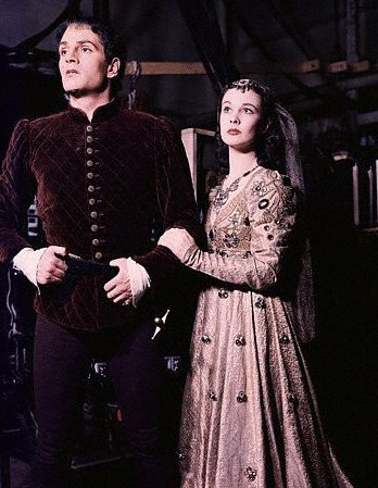 Laurence Olivier and Vivien Leigh as Romeo and Juliet