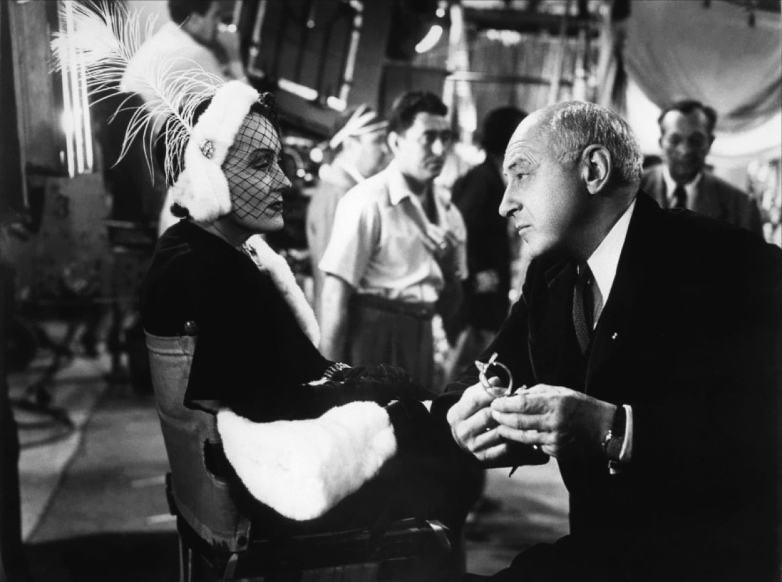 Gloria Swanson With Cecil B. DeMille (R)