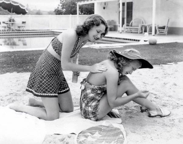 SIsters Rosemary and Priscilla Lane at home in their backyard
