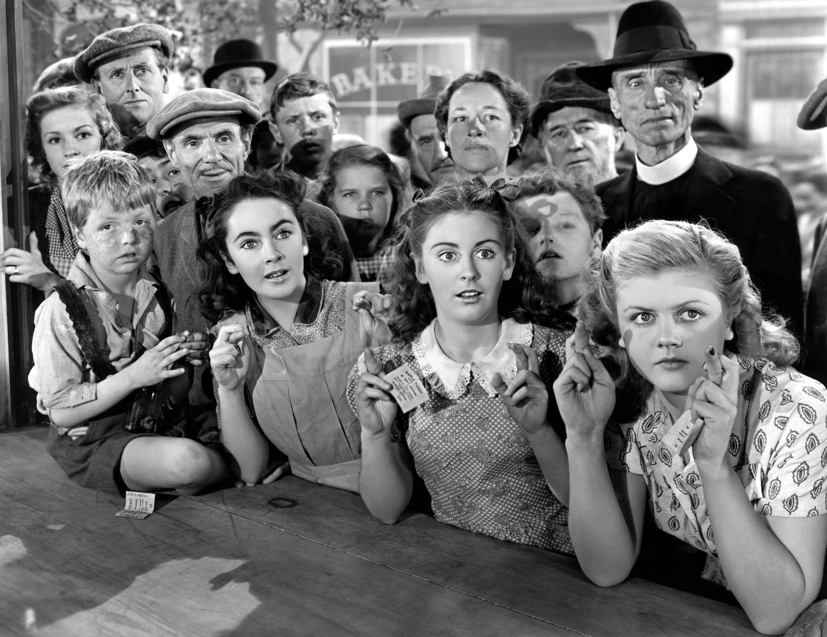 Front row kids (L to R) Jackie Jenkins, Elizabeth Taylor, Juanita Quigley, Angela Lansbury, with Anne Revere (3rd row center)