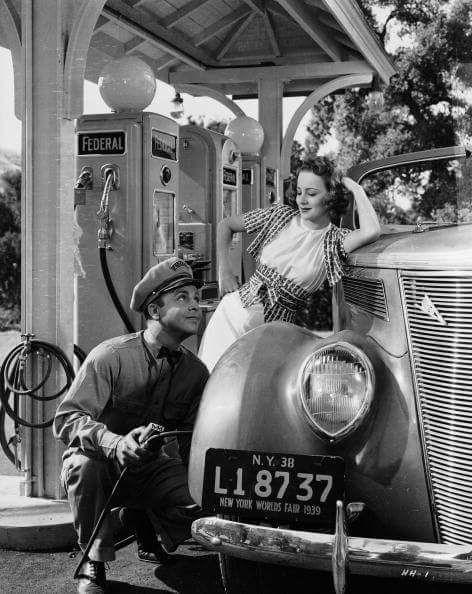 Dickie Powell & Olivia de Havilland
