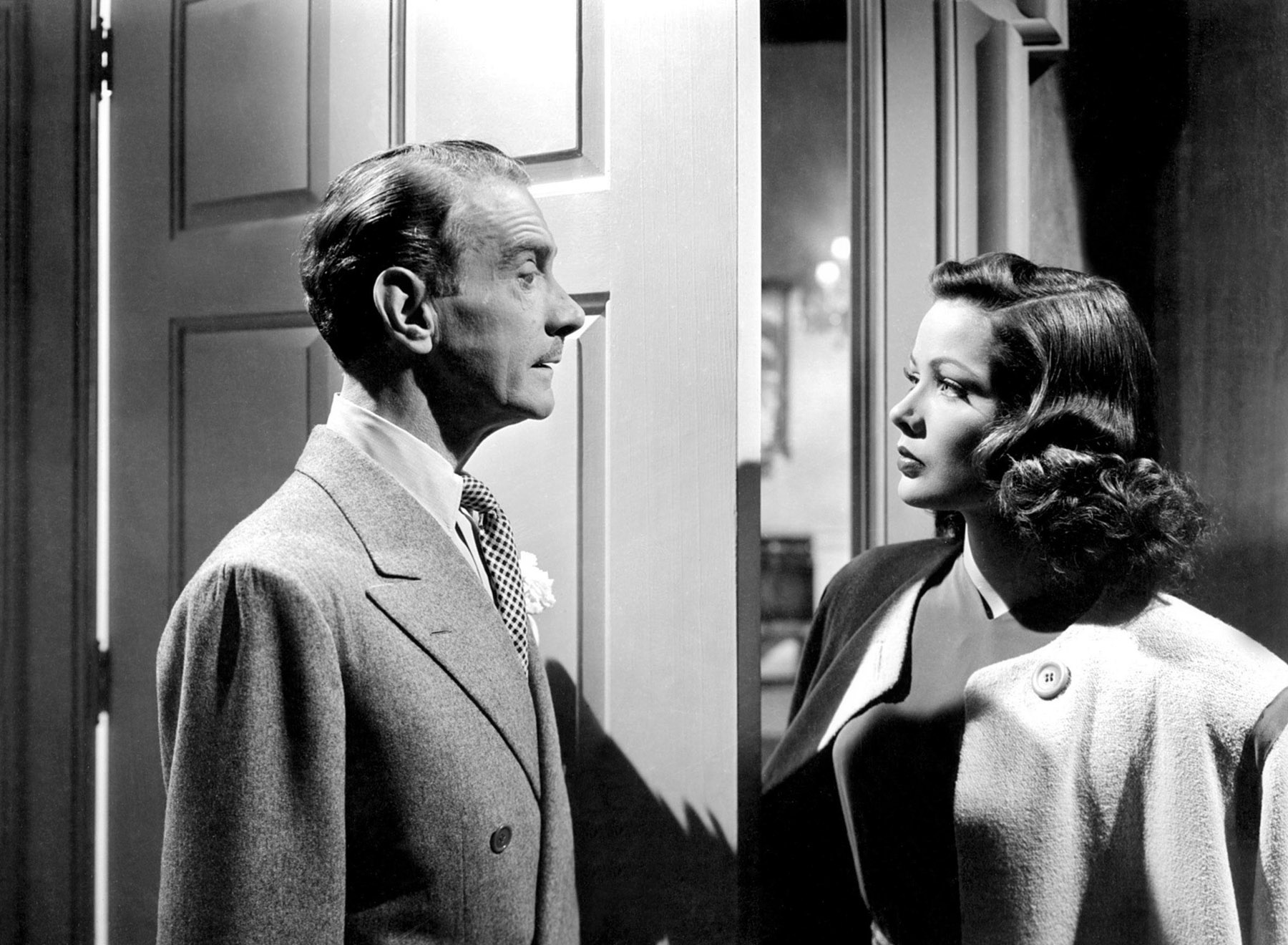 Gene Tierney with Clifton Webb.