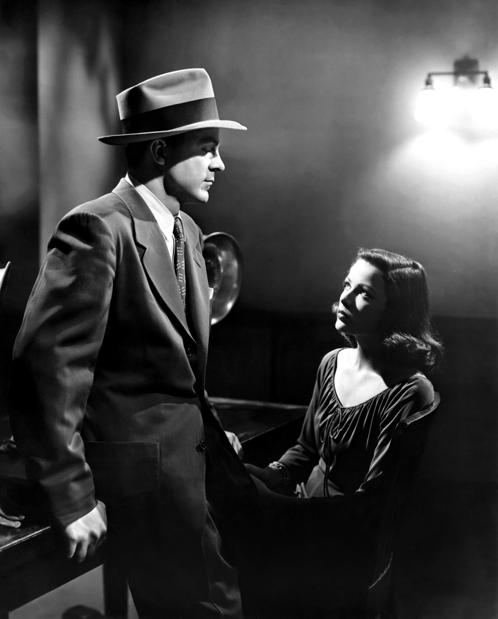 Gene Tierney with Dana Andrews.