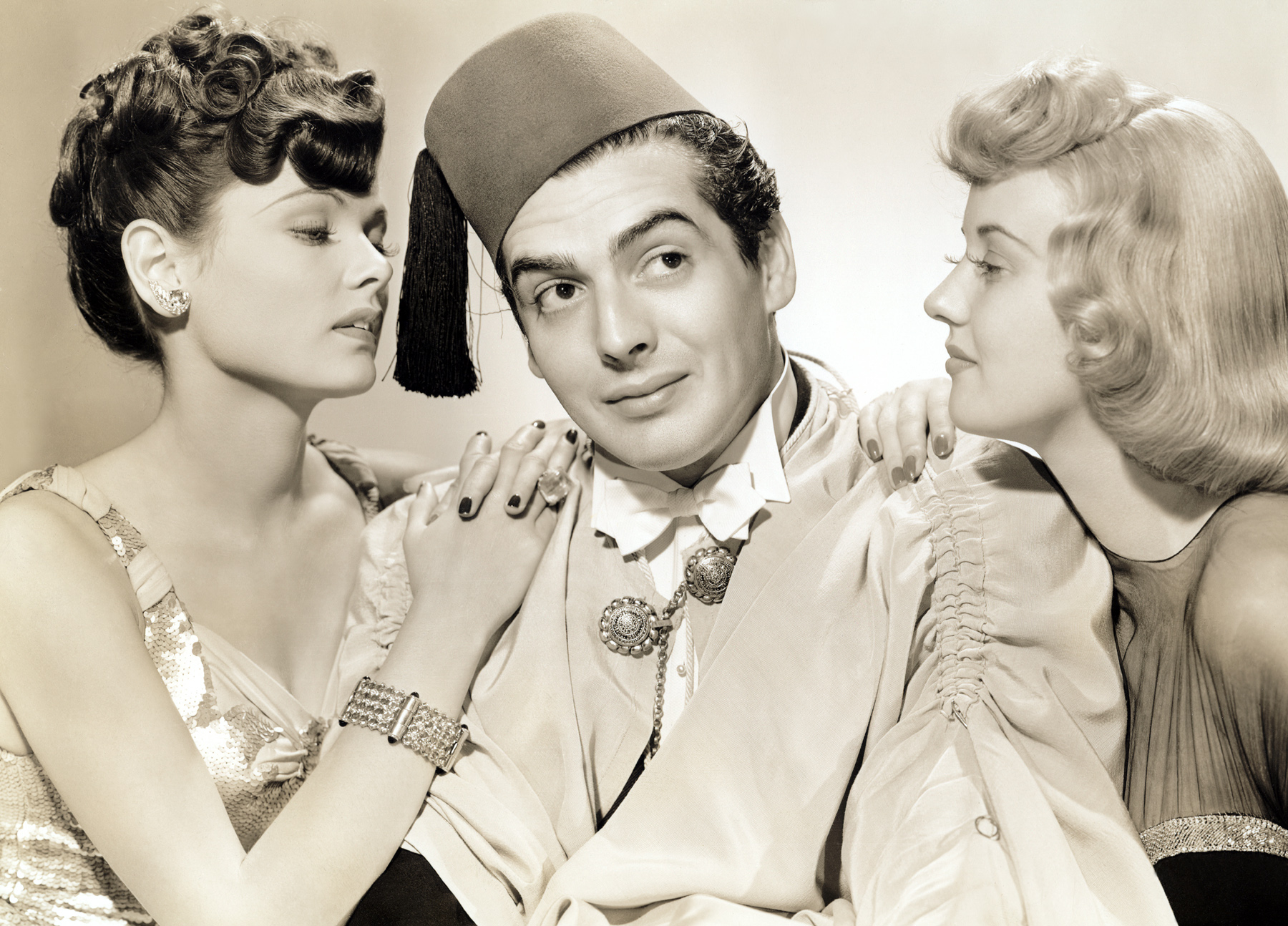 (L to R)  Gene Tierney, Victor Mature, Phyllis Brooks